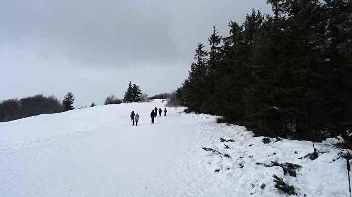 Hurá na vrchol - Letos poprvé jsme zažili sníh.
