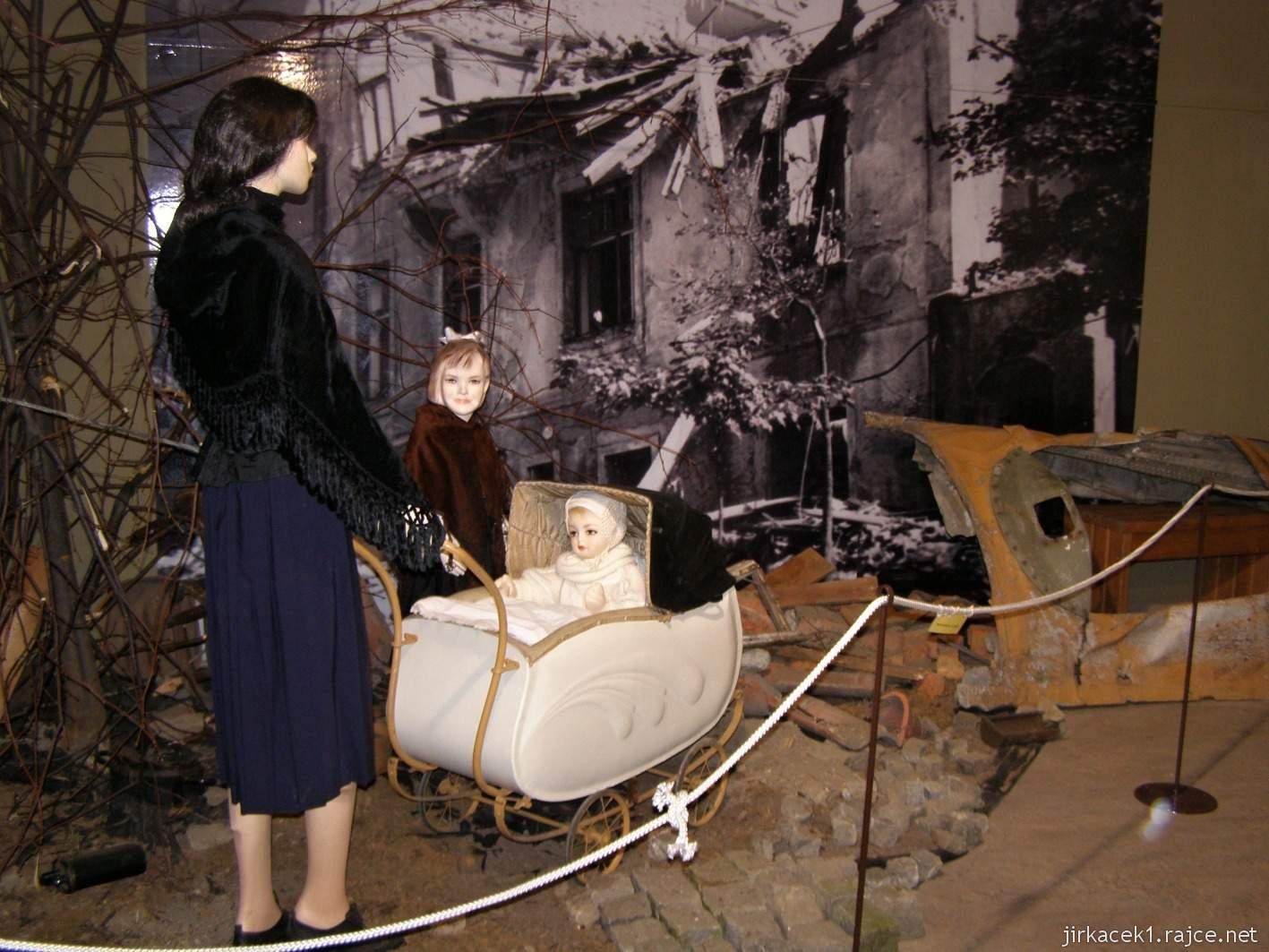 Hrabyně - Národní památník II. světové války