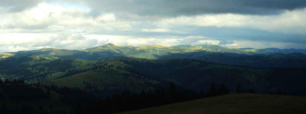 Flyšové hřebeny pohoří Ciuc