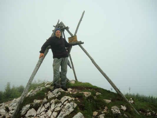 Virful Hašmašu Mare, 1792 m, nejvyšší bod našeho putování.