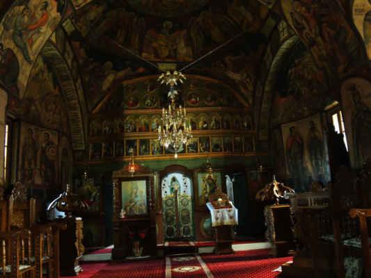 Cestou dál jsme navštívili klášter.