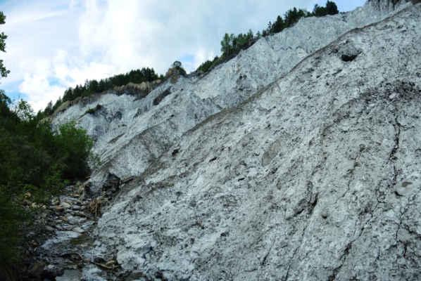 Na téhle fotce je soli málo, jsou to spláchlé hlíny s krustičkou soli.