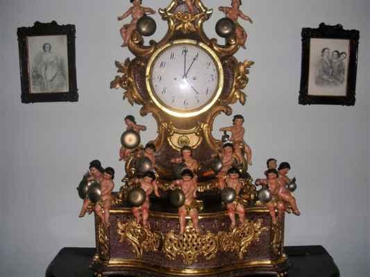 osobliwy zegar v těšínském muzeu