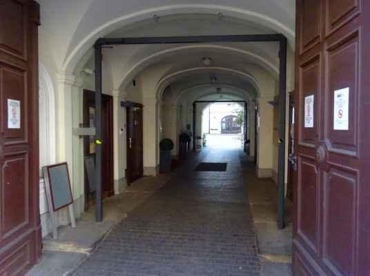 Letenská 5 - Vrtbovský palác