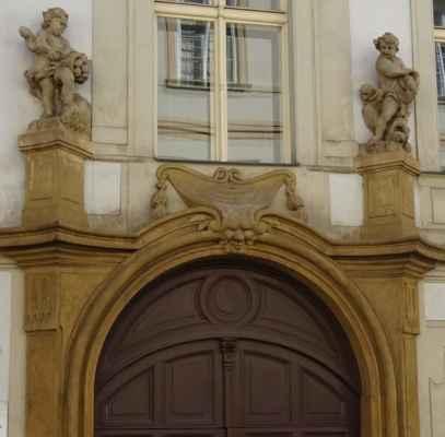 Letenská 7 - Vrtbovský palác
