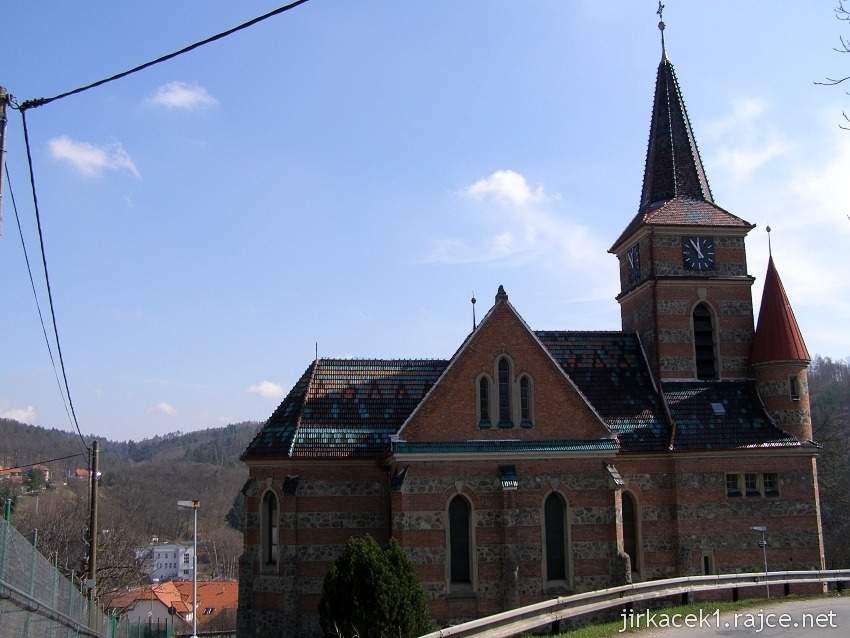 Bílovice nad Svitavou - Farní kostel sv. Cyrila a Metoděje