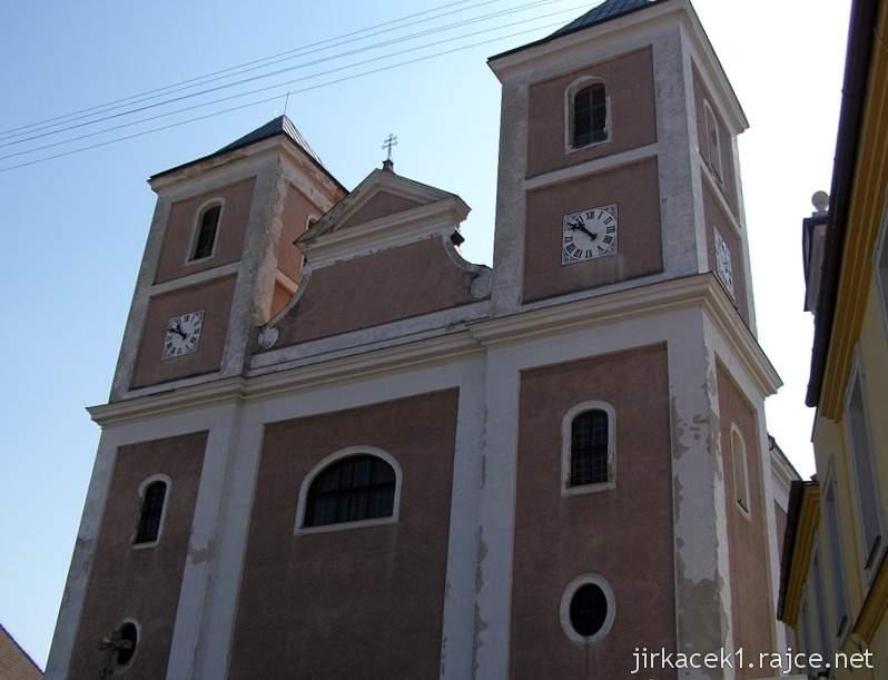Pozořice - kostel Nanebevzetí Panny Marie 1 - věže