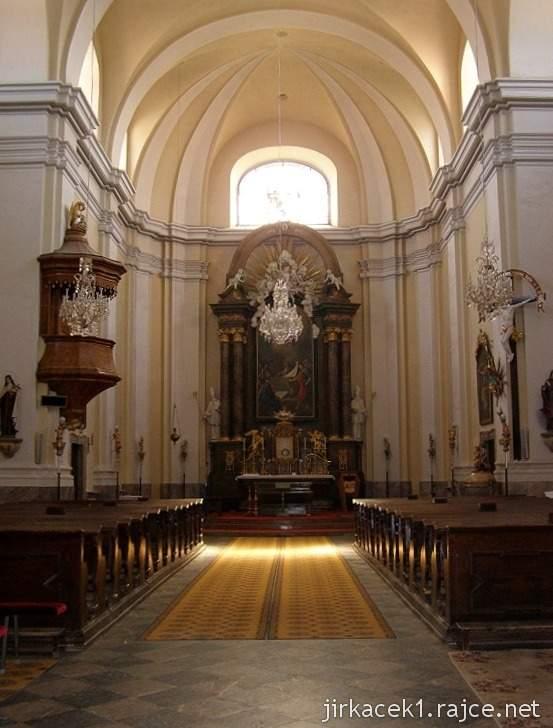 Pozořice - kostel Nanebevzetí Panny Marie 1 - interiér