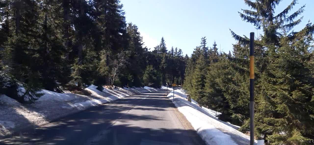 Krušné hory - Cestou ke Klínoveckému sedlu,nahoře kota 1170 m.n.m..