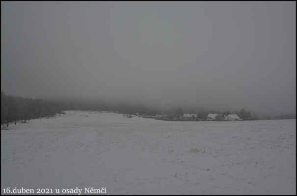 Středohoří - Polovina jara je za námi,ale ve vyšších polohách Středohoří,to občas tak nevypadá..Ranní sněžení u osady Němčí,cca 630 m.n.m..